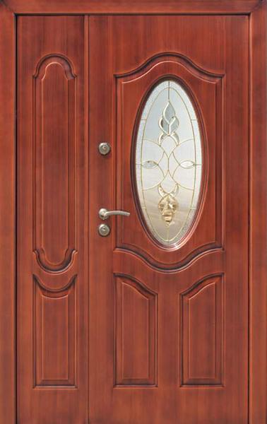 нестандартные входные стальные двери со стеклом